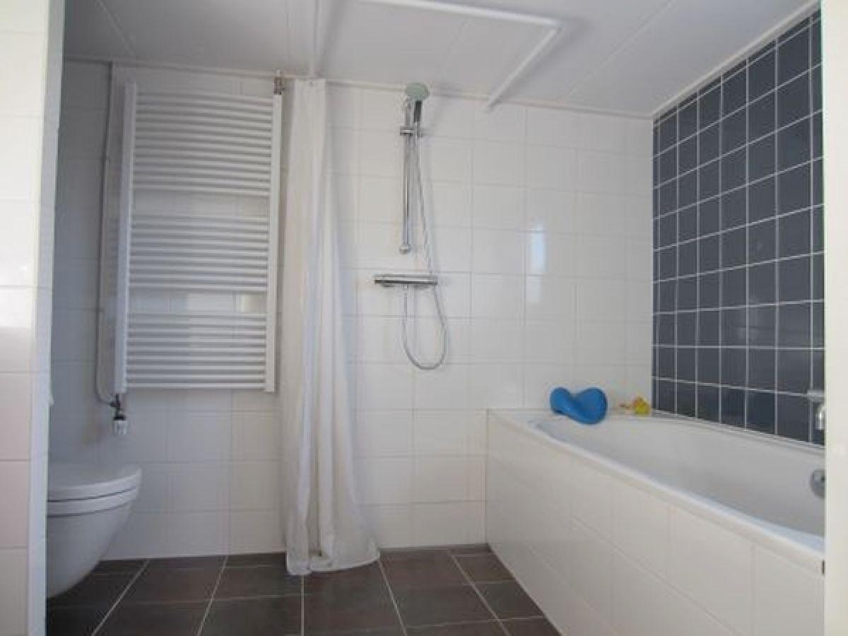 Ferienwohnung rauchfrei keine haustiere nord holland for Badewanne badezimmer
