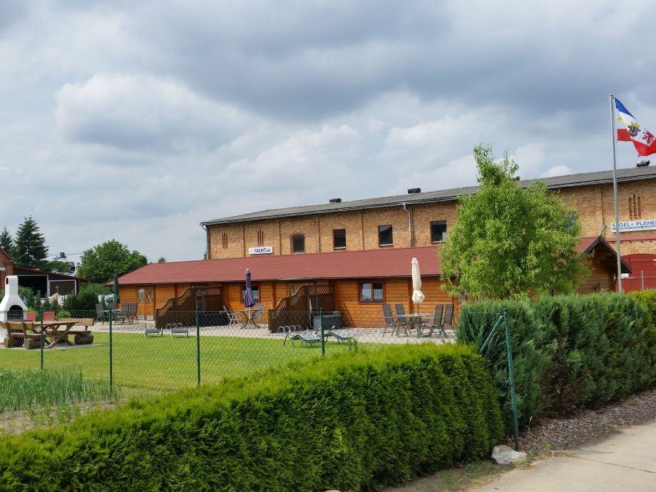 Außenaufnahme Blockferienhaus an der Müritz