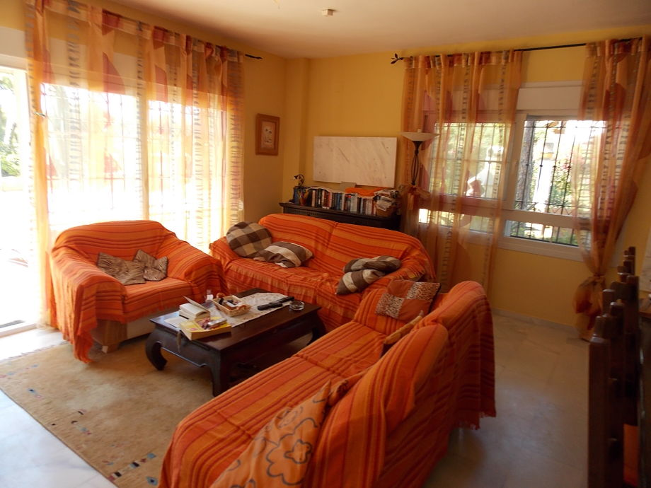Andalusische golfvilla costa de la luz herr georg mauerer for Wohnzimmer 45qm