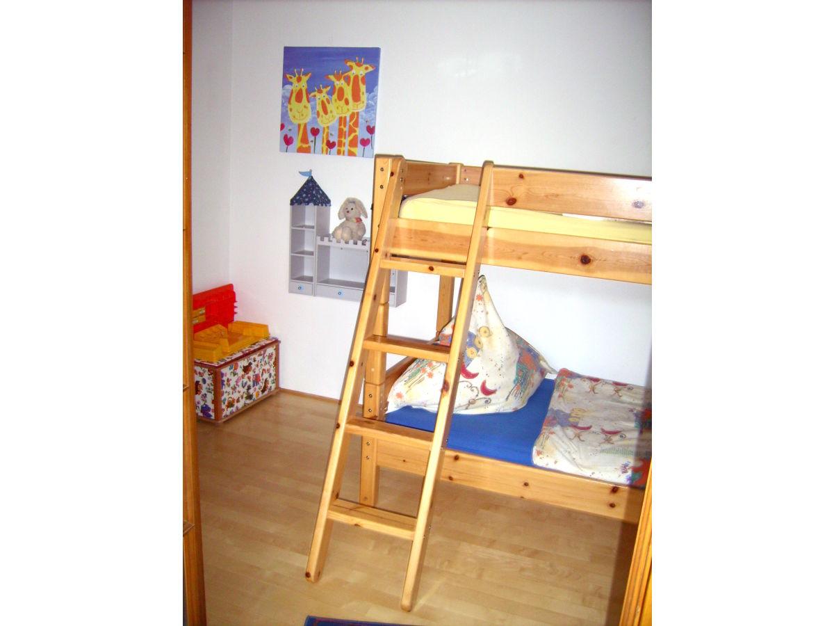 ferienwohnung 2 bauernhof kleinklausenhof schwarzwald familie hartmut heine. Black Bedroom Furniture Sets. Home Design Ideas