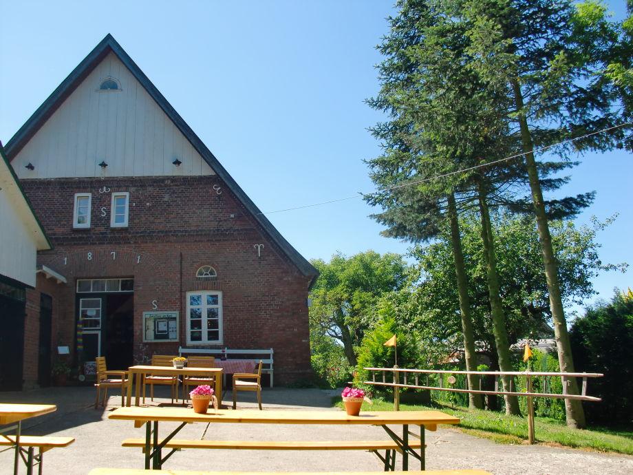 Landhaus am Reet with Café, open on sunday
