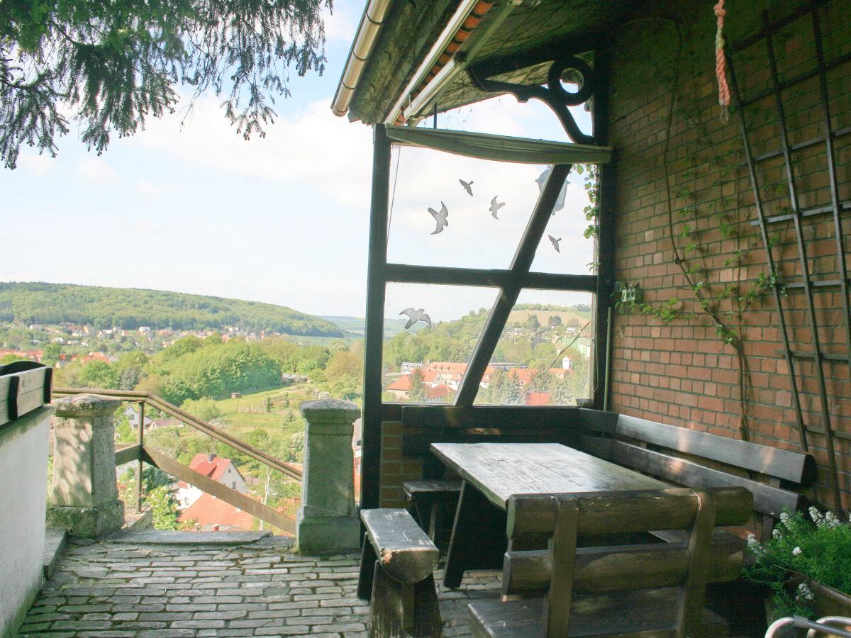 Terrasse mit Grillplatz am Weinbergshaus Terrasse mit Grillplatz am ...
