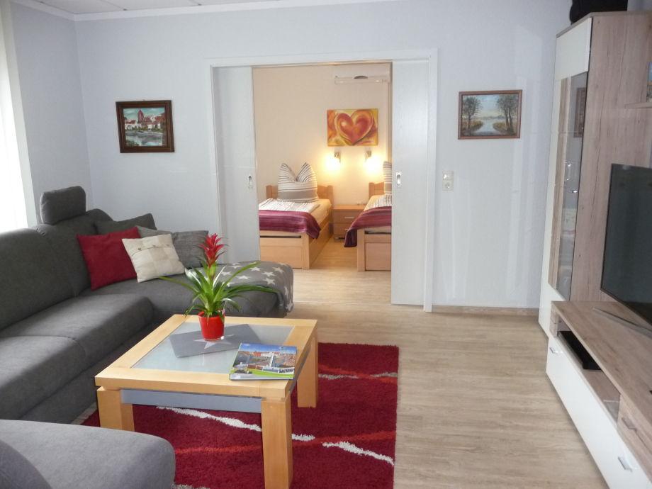 Blick Wohnzimmer ins 2. Schlafzimmer