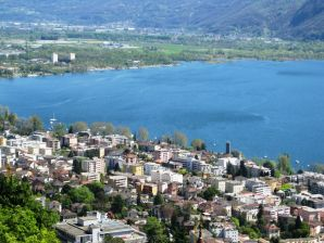 Holiday apartment in Locarno-Orselina with Seaview