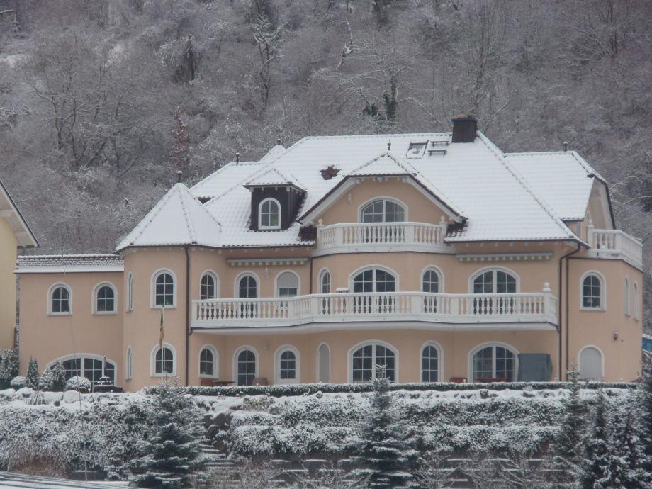 Haus Burgenblick im Winter