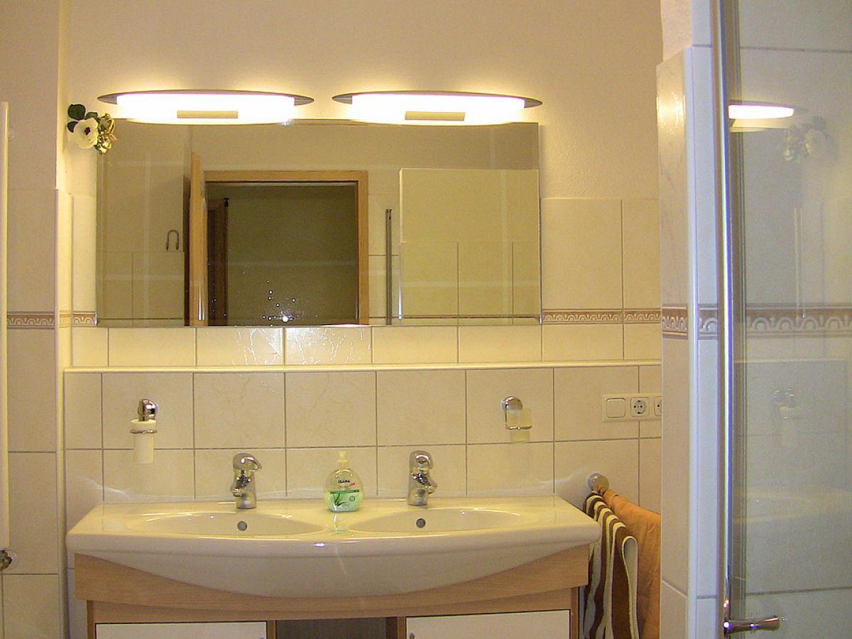 ferienhaus kornhof bei brodersen holsteinische schweiz. Black Bedroom Furniture Sets. Home Design Ideas