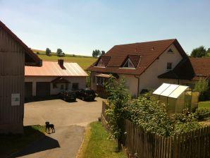 """Ferienwohnung Haus Kirsch """"Oma's Häuschen"""""""