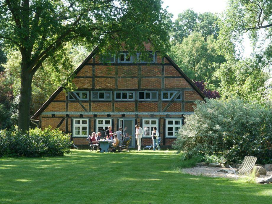 Ferienhaus historisches fachwerkhaus uhlenhorst for Gartengestaltung landhaus