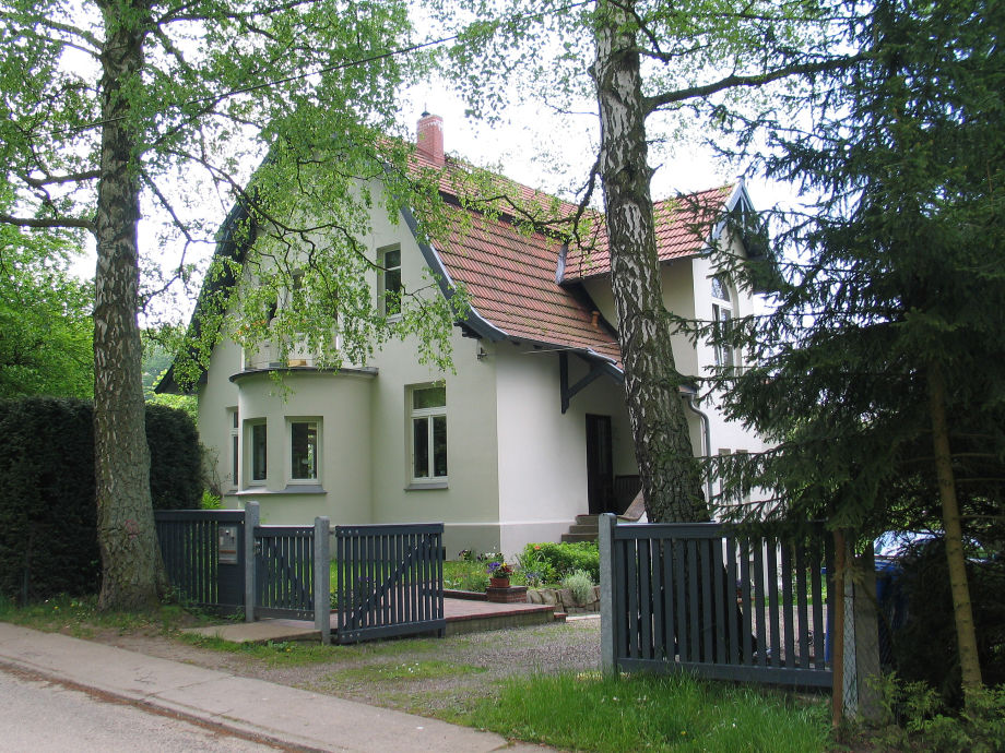 """Villa am Waldweg"""