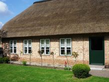 Ferienhaus Reetdachhaus an der Eider mit Kamin