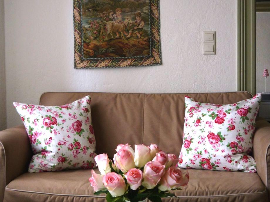 ferienhaus reetdachhaus an der eider mit kamin kreis schleswig flensburg frau brigitte schlieker. Black Bedroom Furniture Sets. Home Design Ideas