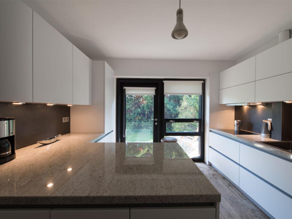 ferienhaus architektenhaus dresden dresden familie anke und jan gro mann. Black Bedroom Furniture Sets. Home Design Ideas