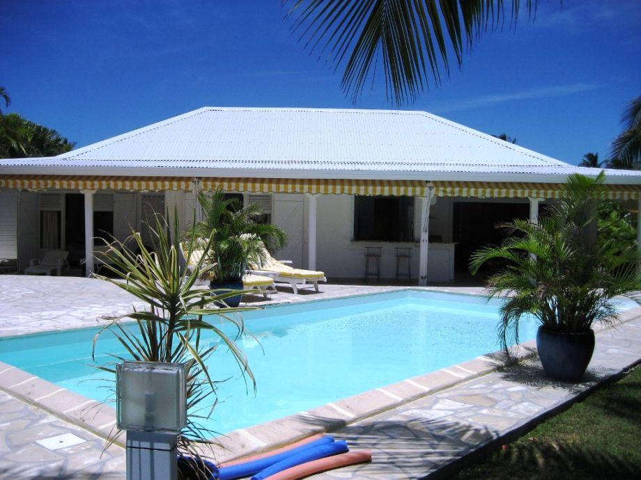 Außenaufnahme Villa Alamanda