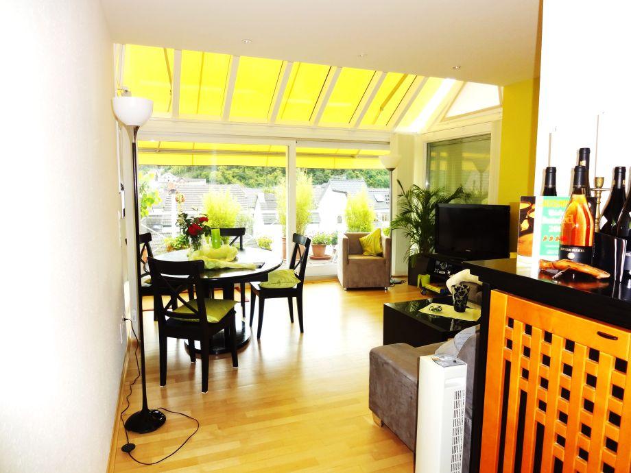 Ferienwohnung pfarrwingert ferienvilla n kel for Wohnzimmer 45qm