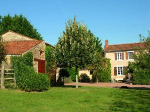 Ferienhaus Bauernhaus mit eigenem Pool