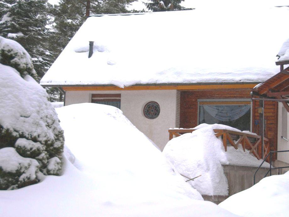 """Ferienhaus """"Axel"""" im Winter"""