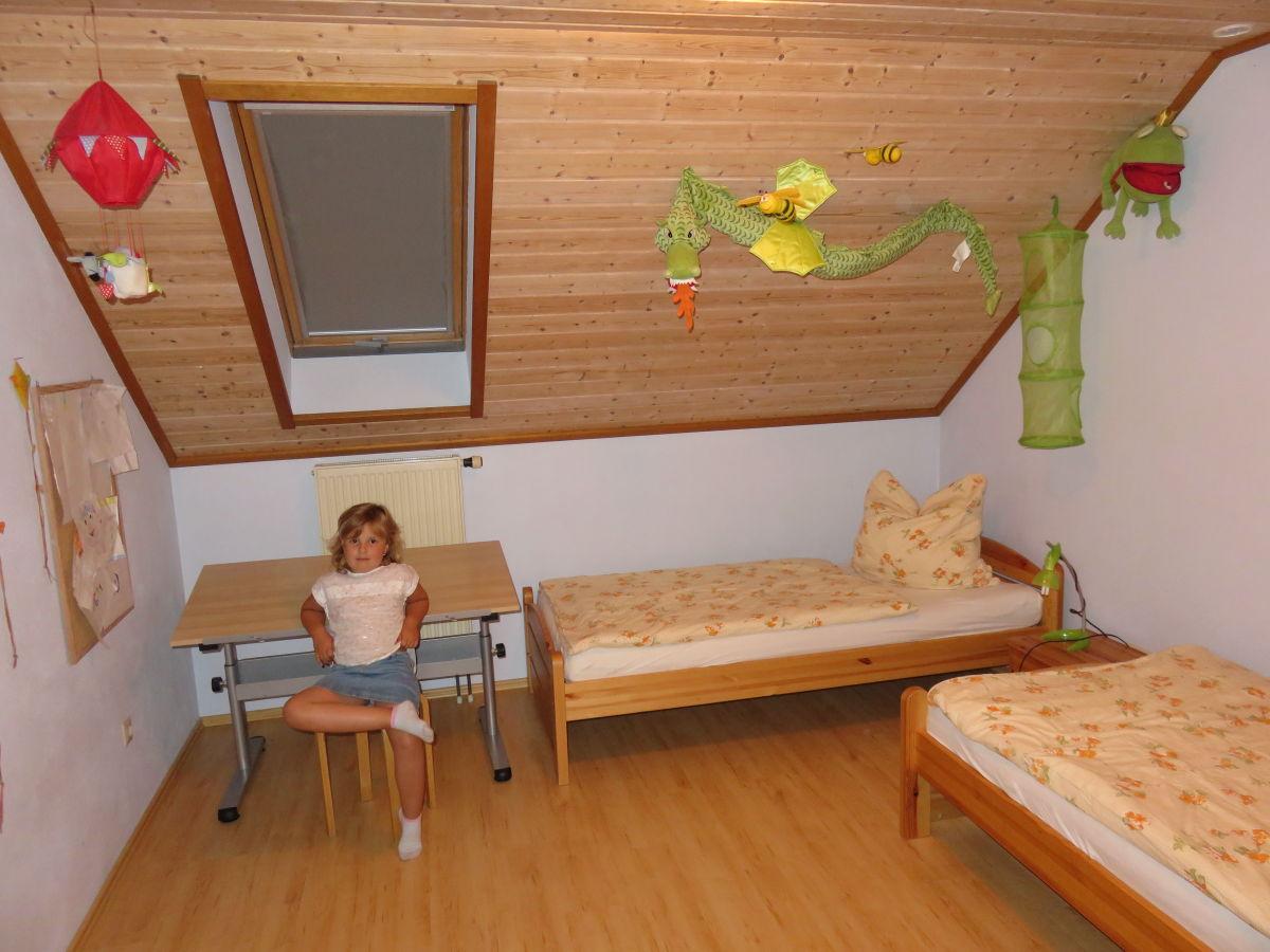 ferienwohnung auf dem ferienhof handlesbauer schwaben familie shanna und manfred strehle. Black Bedroom Furniture Sets. Home Design Ideas