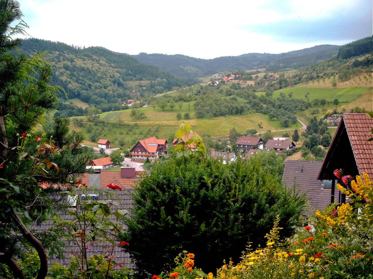 Ferienwohnung talblick urlaub im schwarzwald achertal for Ferienwohnung im schwarzwald