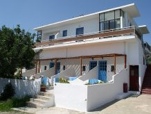 Holiday apartment BlueBay-Apartment-house
