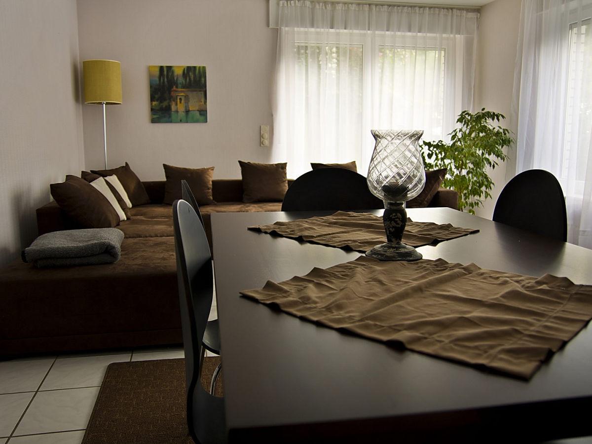 ferienwohnung ginkgo eschweiler frau b schmitz. Black Bedroom Furniture Sets. Home Design Ideas