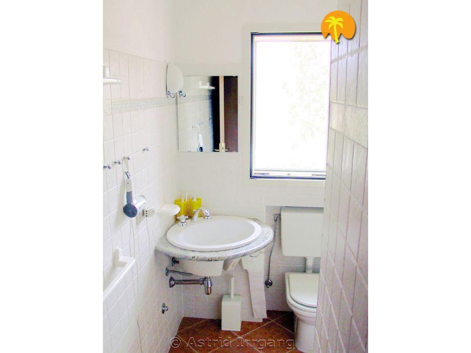 apartment c liberotto nahe karibikartiger str nde. Black Bedroom Furniture Sets. Home Design Ideas