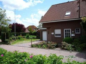 Ferienhaus Sonne in Hooksiel - ganz nah am Deich
