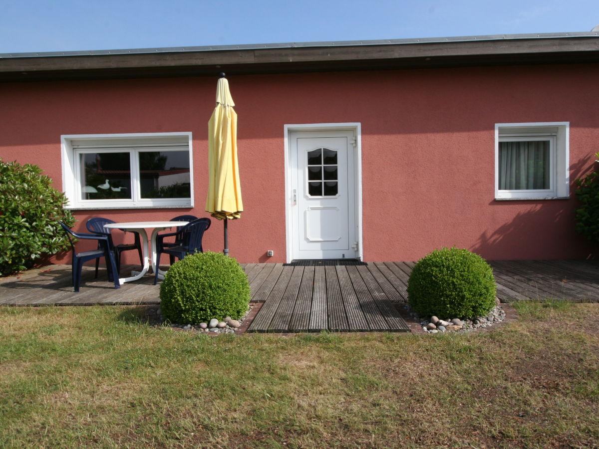 bungalow grunert warnem nde diedrichshagen frau martina grunert. Black Bedroom Furniture Sets. Home Design Ideas