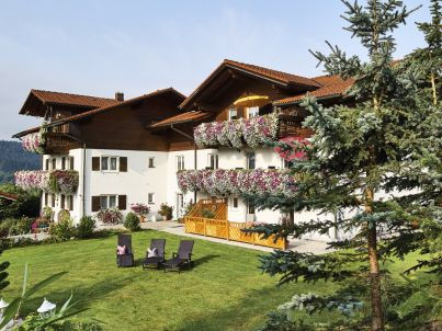 4 Landhaus Bauer