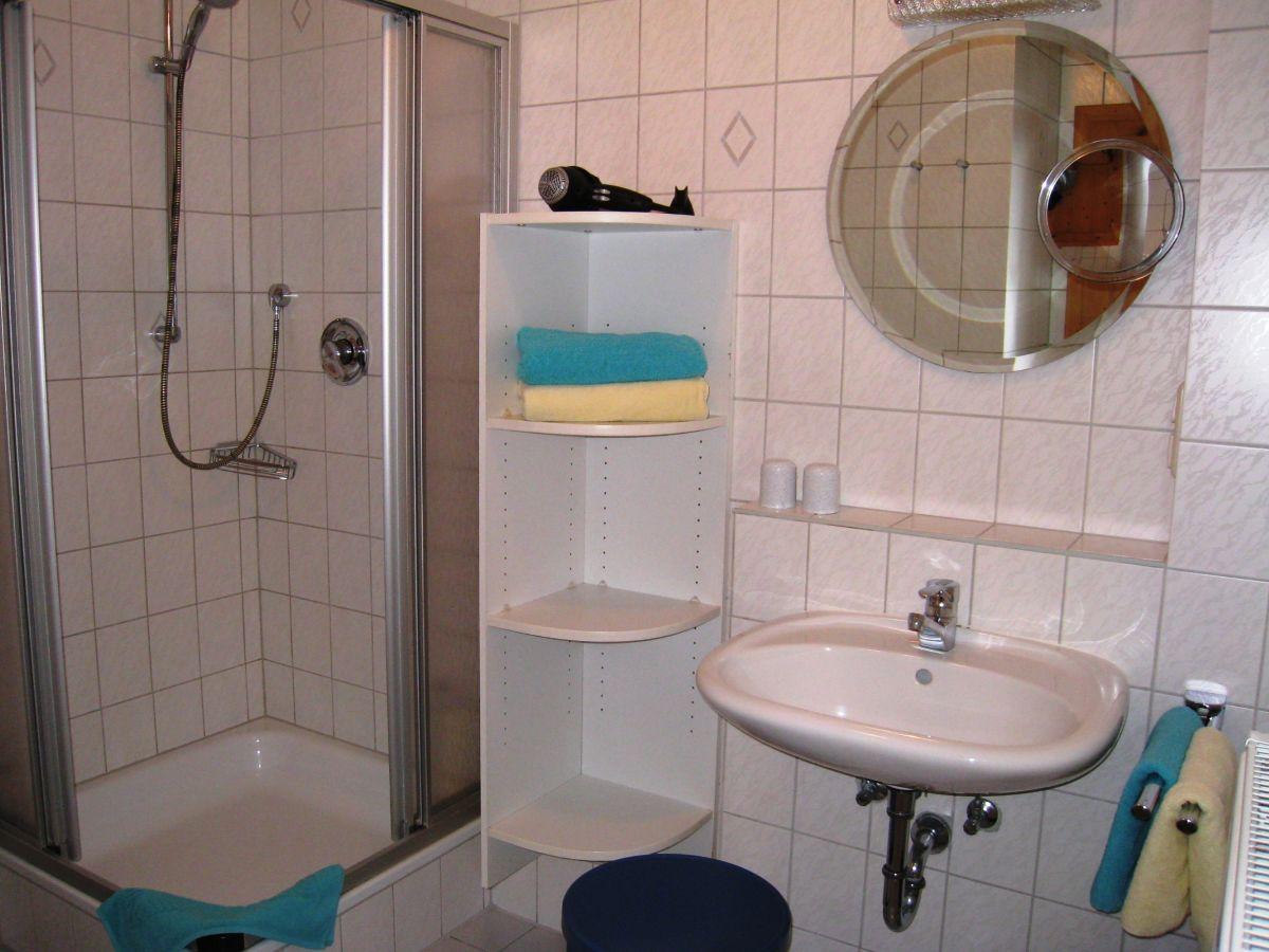 ferienwohnungen g stehaus paulfischer direkt am chiemsee chiemsee chiemgau bayerische alpen. Black Bedroom Furniture Sets. Home Design Ideas