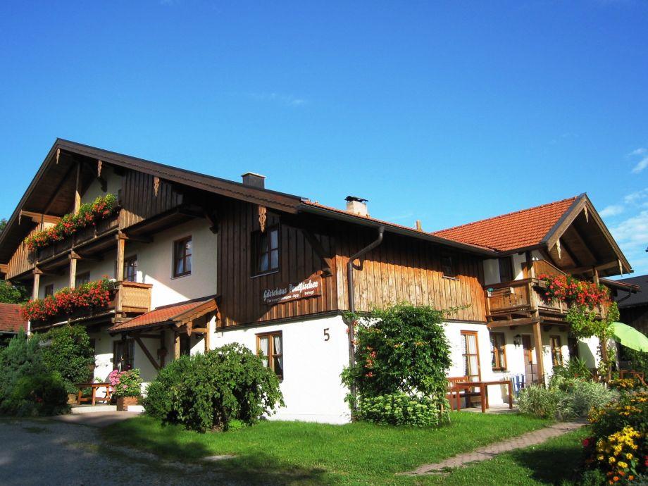 ferienwohnungen gästehaus paulfischer direkt am chiemsee, chiemsee