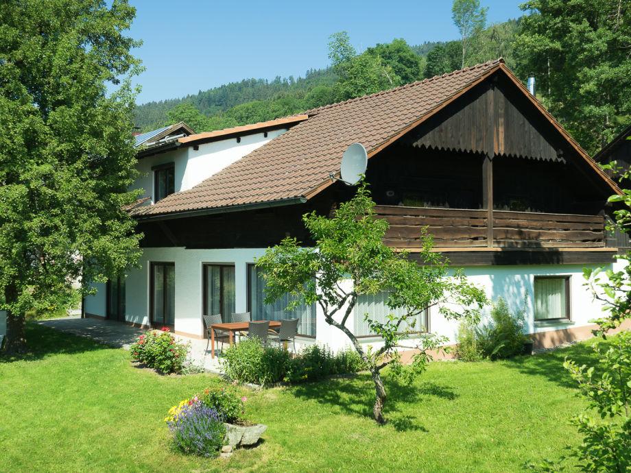 Das Ferienhaus mit Garten und Terrasse