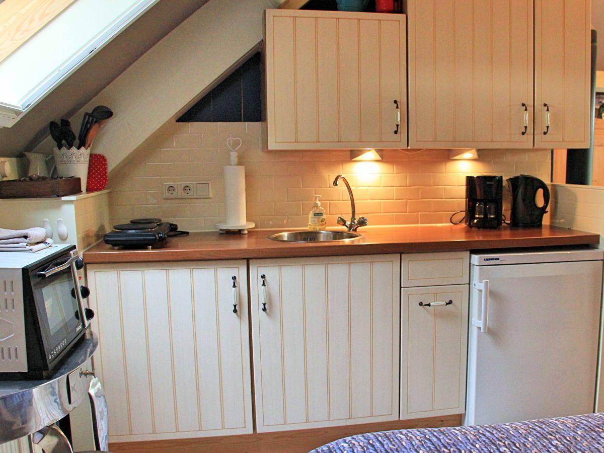 ferienhaus onder den dijck nord holland frau nannie van het kaar van de kamp. Black Bedroom Furniture Sets. Home Design Ideas