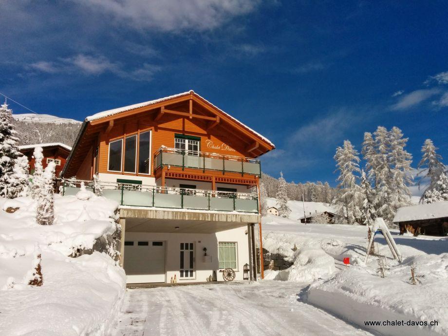 Chalet Davos im Winter