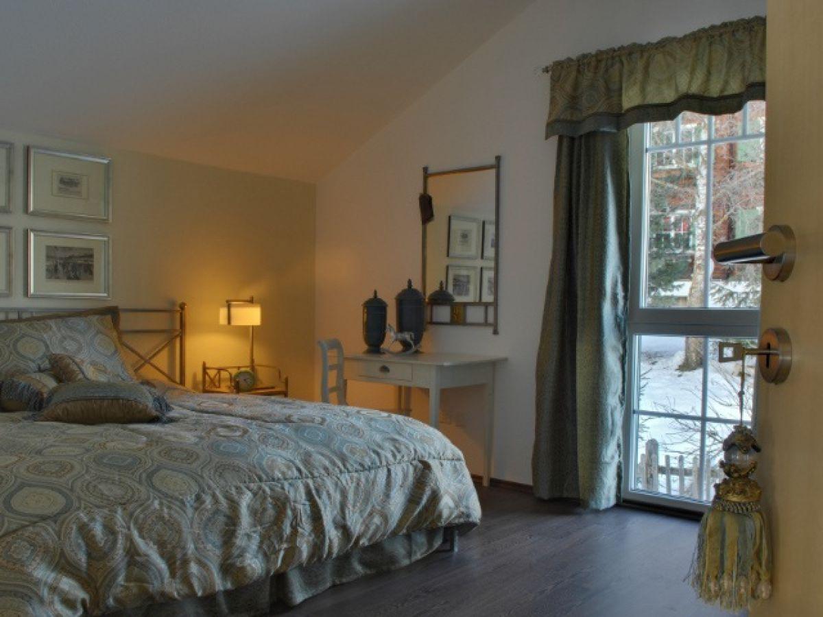 romantisches Schlafzimmer im Obergeschoss Schlafzimmer EG in ...