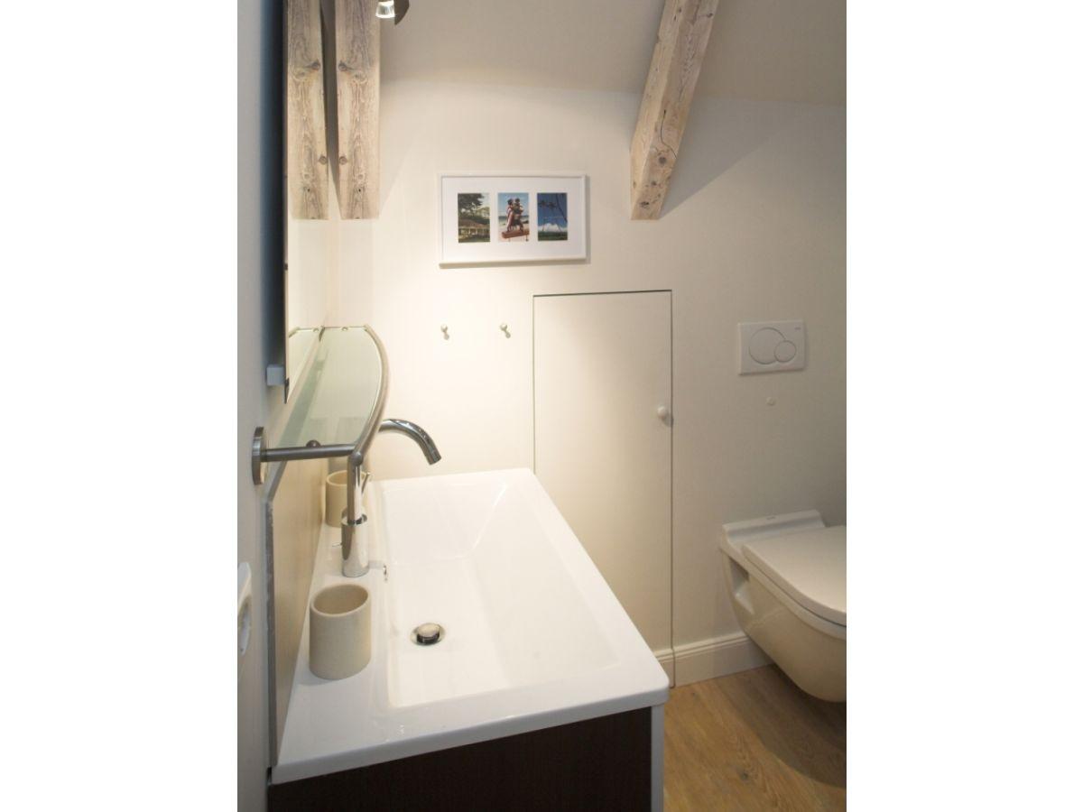 ferienhaus meeresbrise list auf sylt firma appartementvermittlung familie clausen gmbh frau. Black Bedroom Furniture Sets. Home Design Ideas