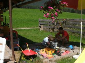 Ferienwohnung Blumenwiese - Urlaub am Bauernhof