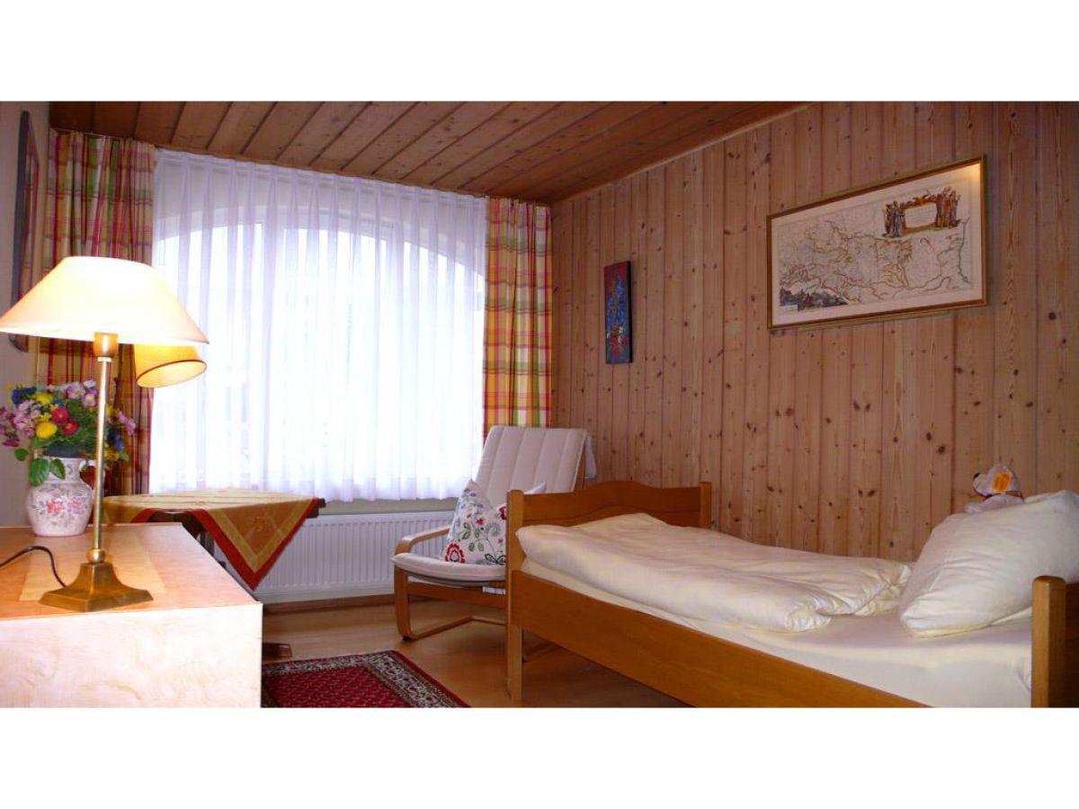 ferienhaus flori in garmisch partenkirchen garmisch partenkirchen zugspitze firma. Black Bedroom Furniture Sets. Home Design Ideas