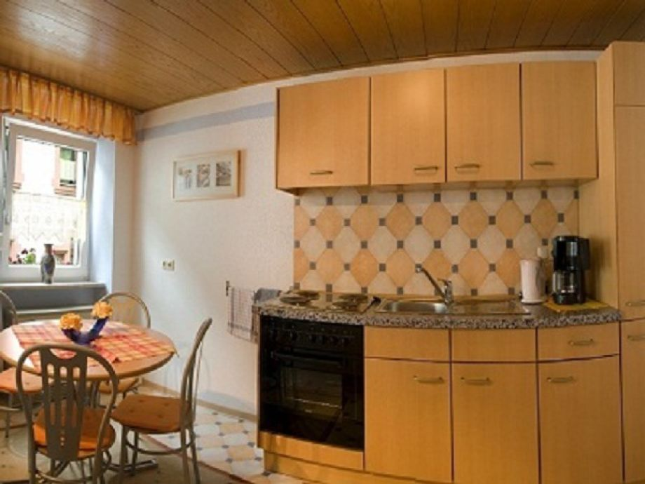 ferienwohnung im haus balduin zell mosel familie herbert josi saxler. Black Bedroom Furniture Sets. Home Design Ideas