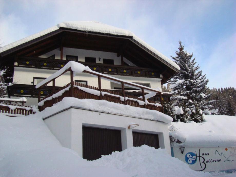 Haus Bellevue im Winter