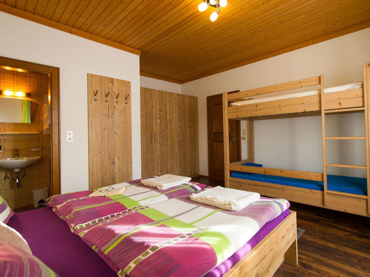 ferienwohnung fam gruber hansenbauer saalfelden leogang saalfelden frau helga gruber. Black Bedroom Furniture Sets. Home Design Ideas