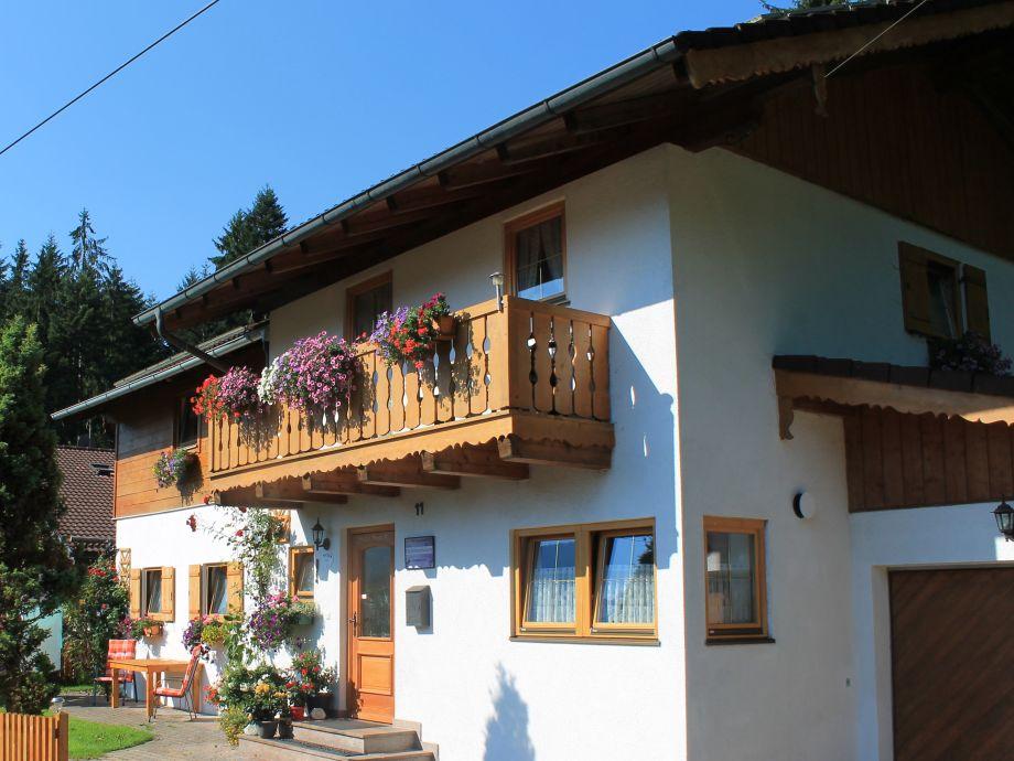 Gästehaus Kurz Sommeransicht