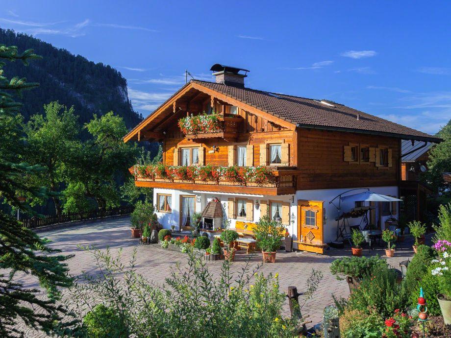 ferienwohnung waldzauber angerer bayern berchtesgadener. Black Bedroom Furniture Sets. Home Design Ideas