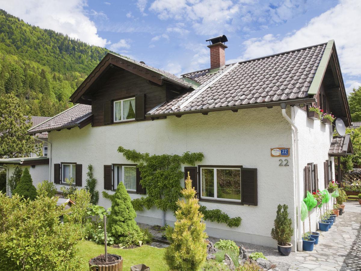 Ferienwohnung Winter 2, Garmisch-Partenkirchen Zugspitzland - Frau ...