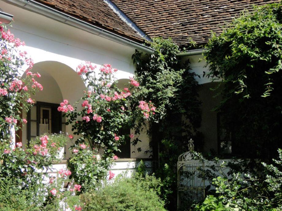 ferienhaus ablasser hartweberhof burgenland frau. Black Bedroom Furniture Sets. Home Design Ideas