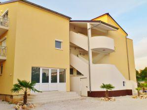 Ferienwohnung Villa Maja