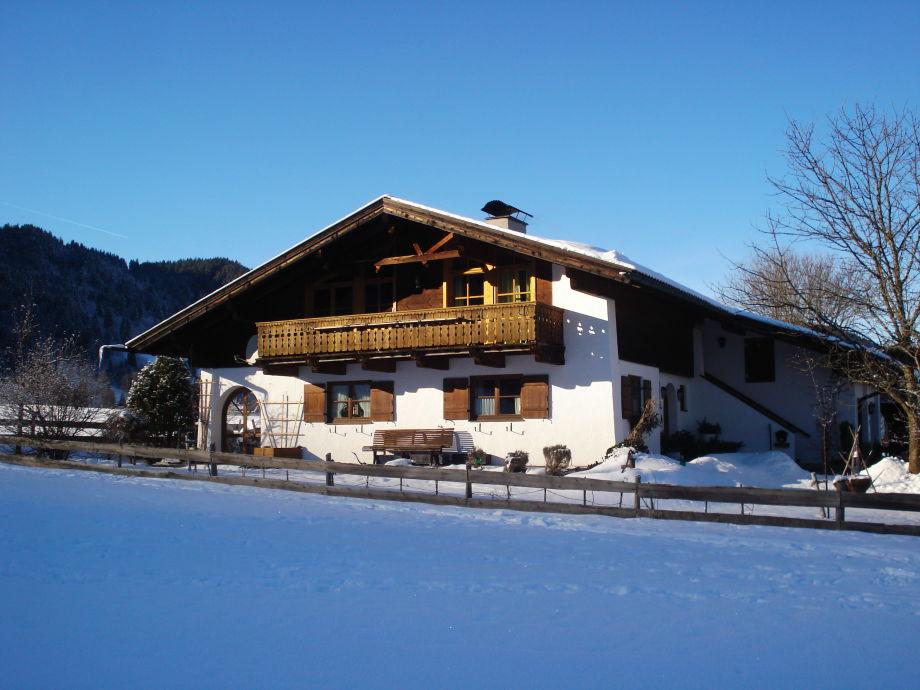 Haus in Winterlandschaft