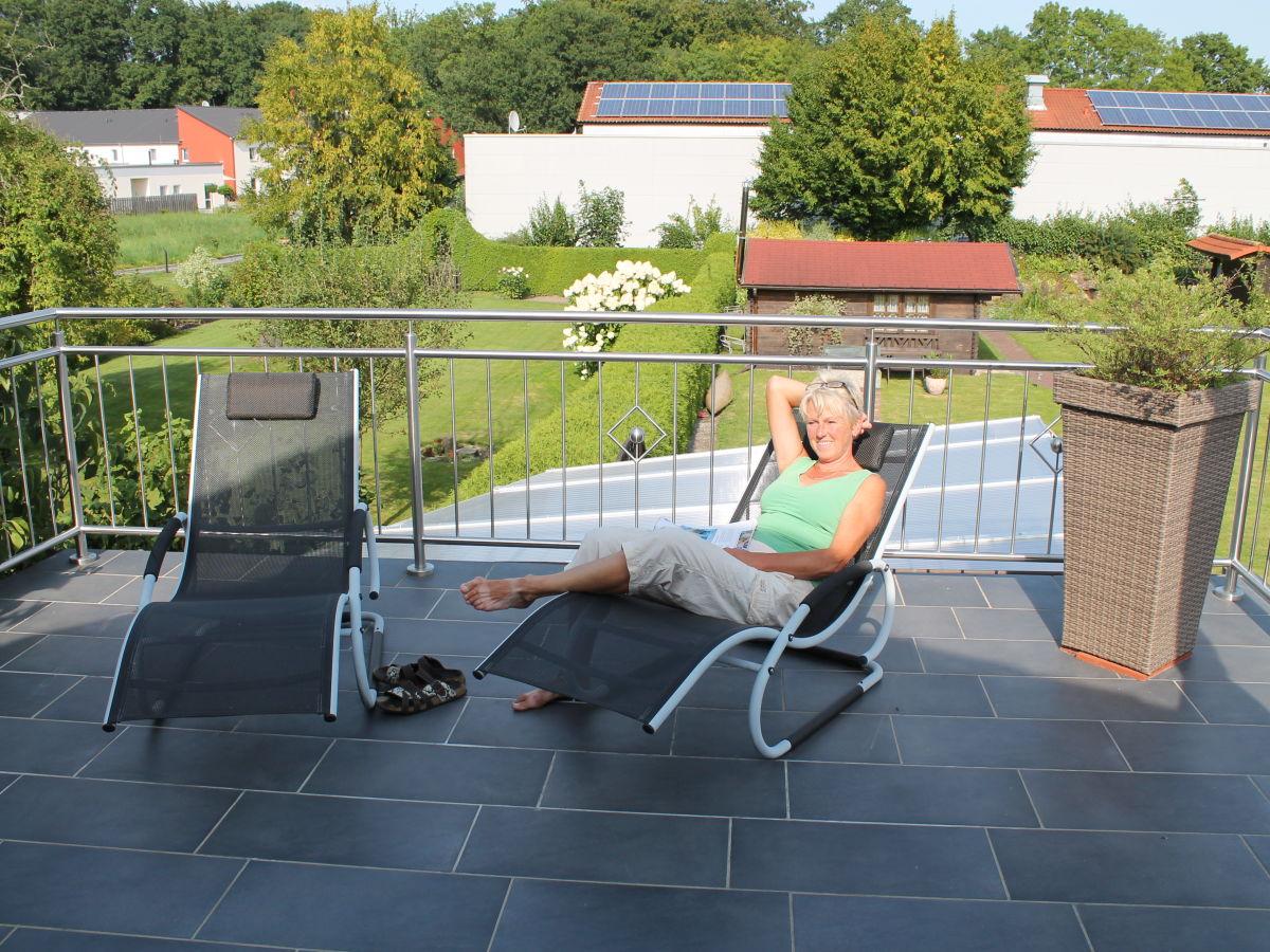 ferienwohnung a im haus familie beck steinhuder meer 31558 hagenburg schlo str 6 frau. Black Bedroom Furniture Sets. Home Design Ideas