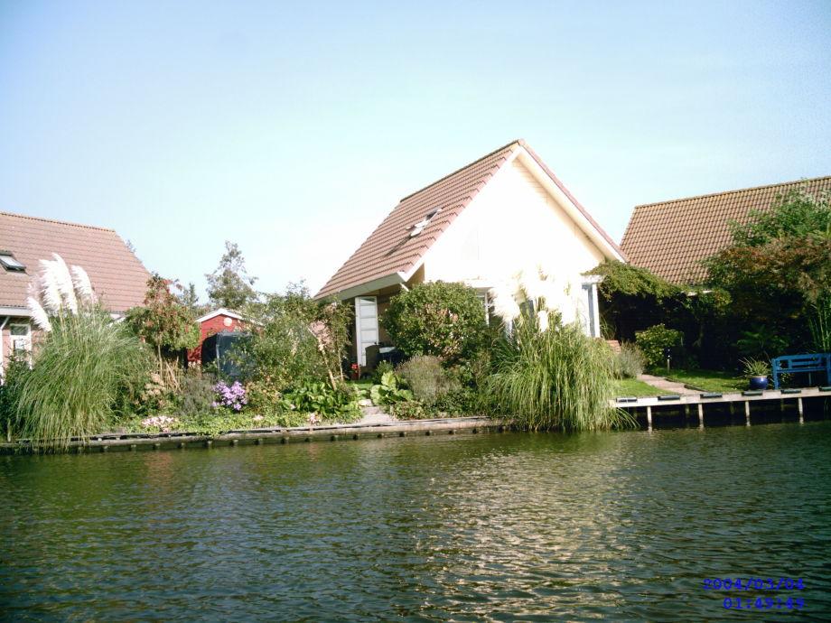 Unser Haus vom Wasser aus gesehen