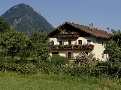 im Alpengästehaus Marzoll