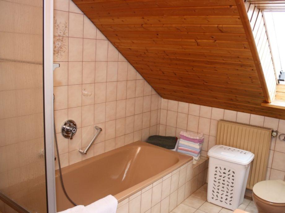 ferienwohnung blumenweg romantisches franken frau. Black Bedroom Furniture Sets. Home Design Ideas